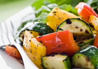 grilled-zucchini-pepper-thyme