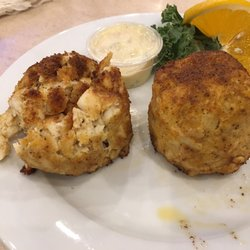 Enormous crabcakes